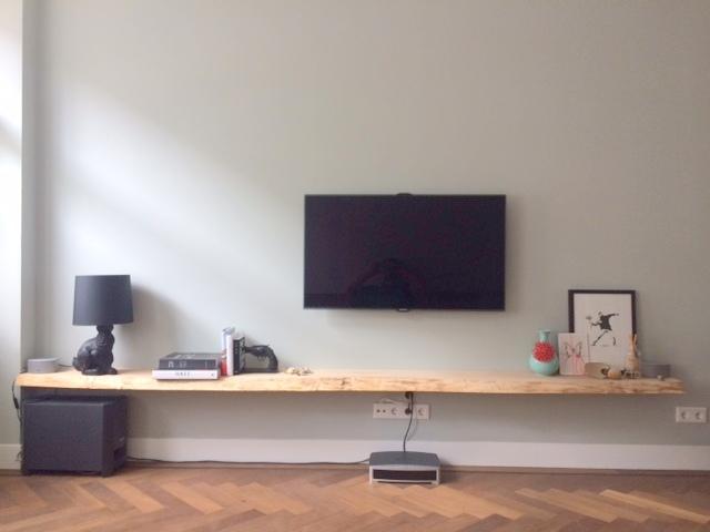 Portfolio massief hout blindewandplanken - Muur plank onder tv ...