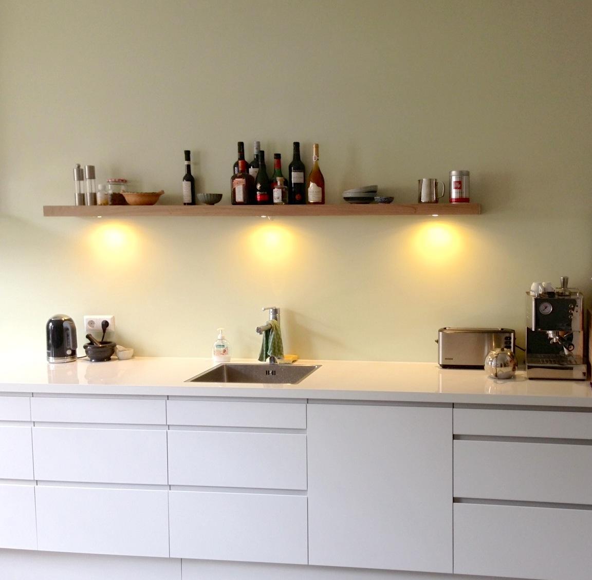 Planken Voor In De Keuken.Portfolio Verlichting Blindewandplanken