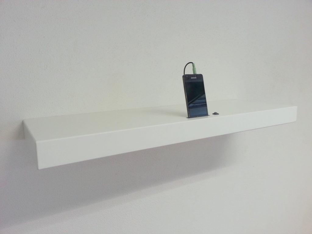Hoogglans Wit Plank Op Maat.Met Luidsprekersysteem Blindewandplanken